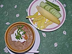 Crab dip with vegetables