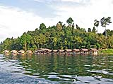 Departing the Kee Ree Warin Resort by boat, Khao Sok park