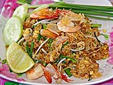 Pad Thai breakfast near Pak Bara pier